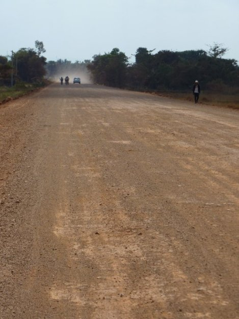 The long and dusty road to Battambang and cold beer