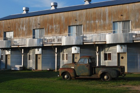 The Cotton Gin Inn (with obligatory old truck)