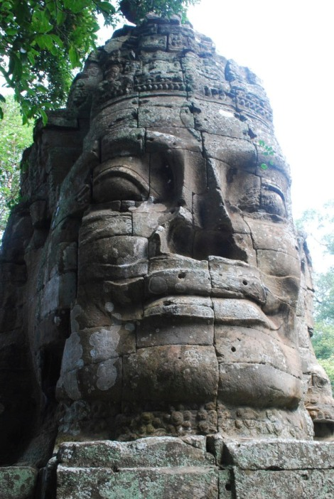 Up close with the west gate of Angkor Thom