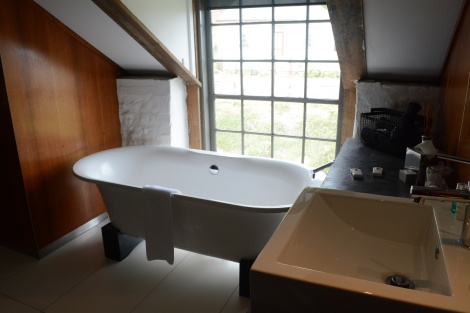 The beautiful freestanding bath (with a view of the street)
