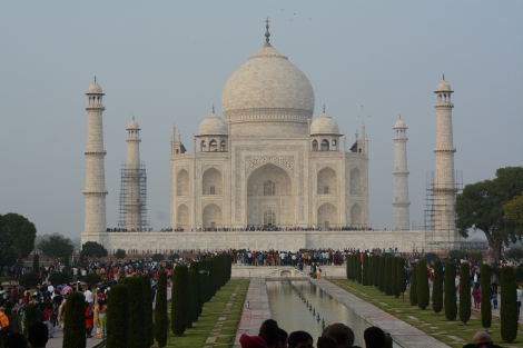 The Taj Mahal (and about 60 000 other visitors)